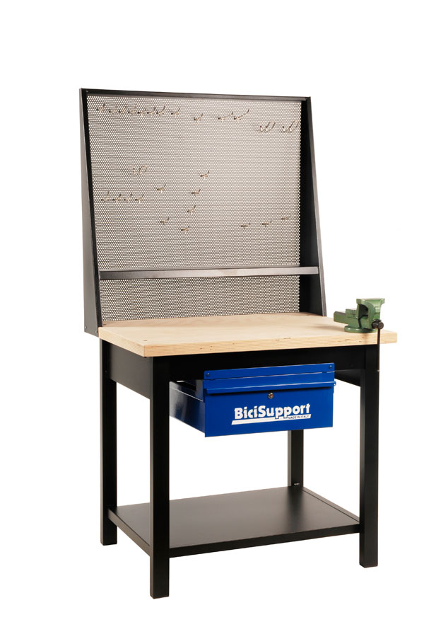 Bicisupport image WORKBENCH 1 MTR with hooks for tools